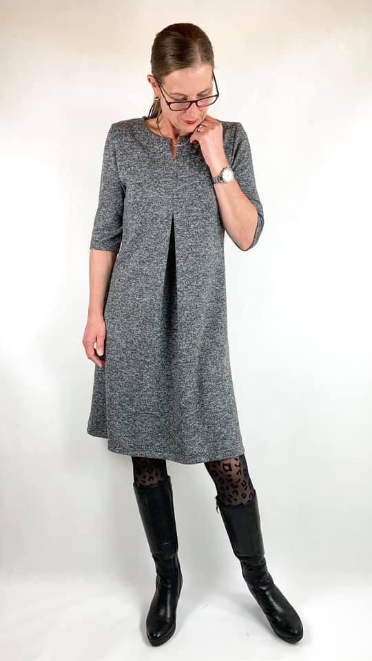 Lilly Schnittmuster Damen Kleid mit Kellerfalte_4